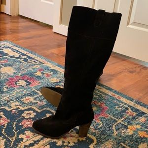 Black suede tall boots! Size 9. Excellent!